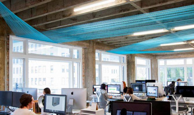 The New Look Of The Californian Design Agency | A multidisciplinary design team in Oakland, California got a new look by architecture practice Medium Plenty. #interiordesign #officedesign #homedecor #centertables #decorideas