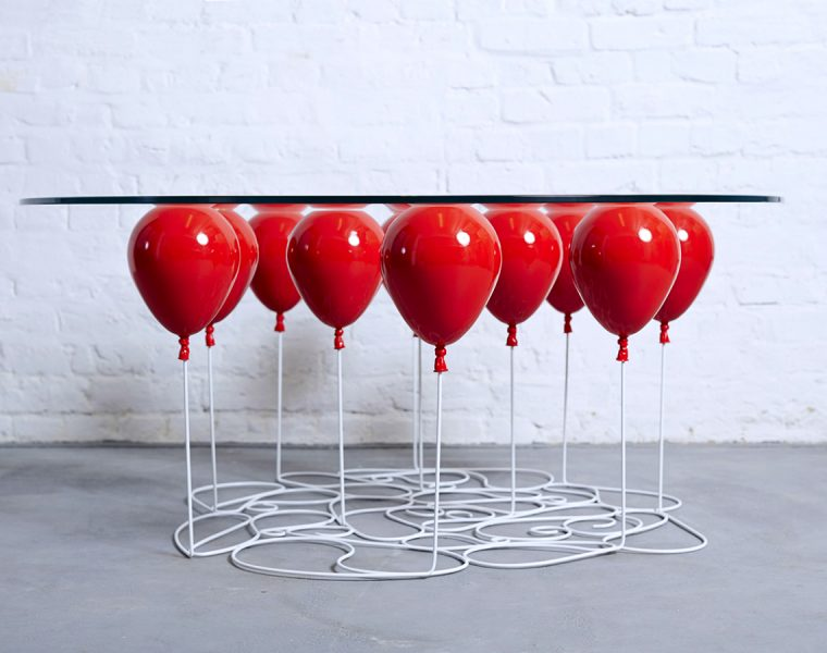 Go Up To The Clouds With This Balloon Table | Are you ready to go to the clouds through the clouds? #centertable #coffeetable #homedecor #livingroom #interiordesign