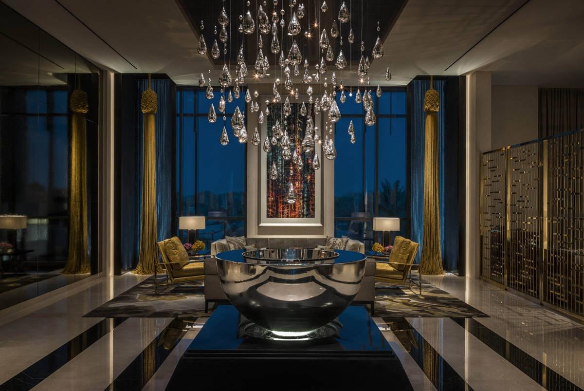 Adam tihany project of four seasons hotel in dubai for International hotel design